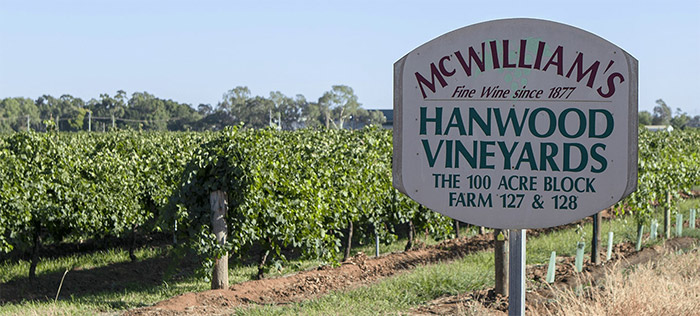 McWilliam's HANWOOD VINEYARDS