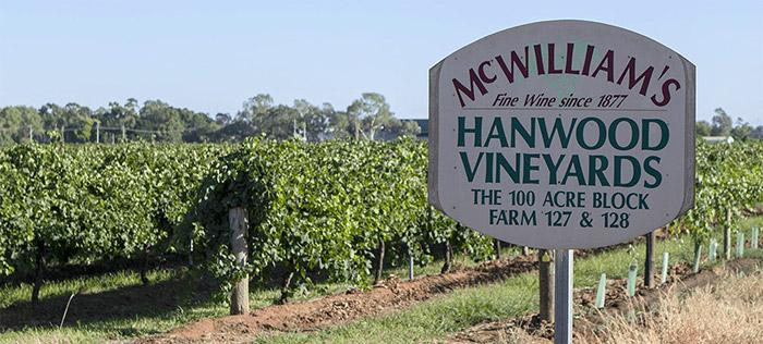 McWilliam's HANWOOD VINEYARDS