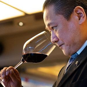 プロが選んだワインを毎月自動でご自宅へお届け